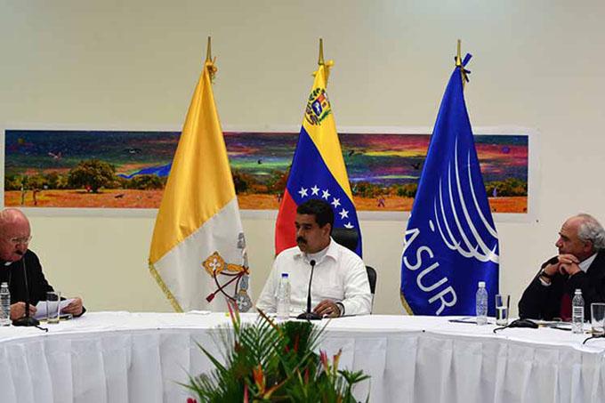 Gobierno venezolano insistirá en el diálogo