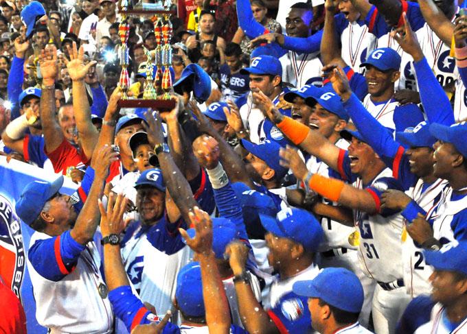 Abanderarán hoy a Alazanes de Granma para Serie del Caribe