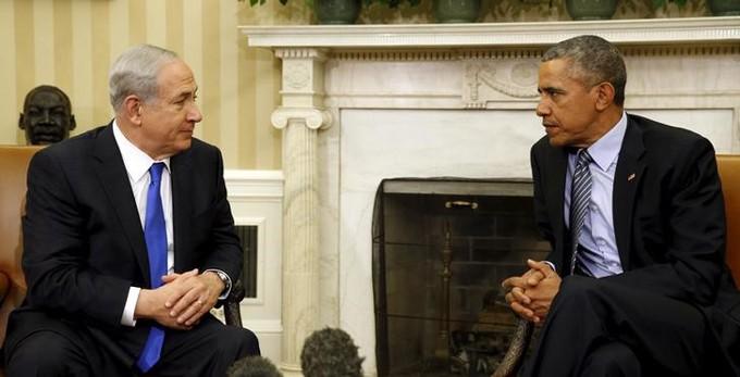 El primer ministro israelí, Benjamin Netanyahu, junto al presidente estadounidense, Barack Obama, en una reunión en la oficina Oval en la Casa Blanca en Washington