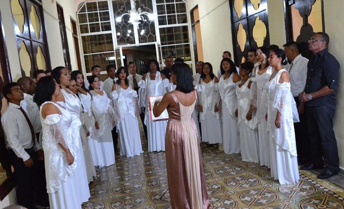 Concierto único, por el aniversario 55 del Coro profesional de Bayamo