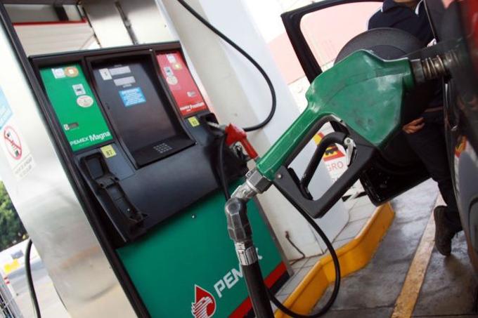 Mexicanos destinarán 60 por ciento del sueldo a comprar gasolinas