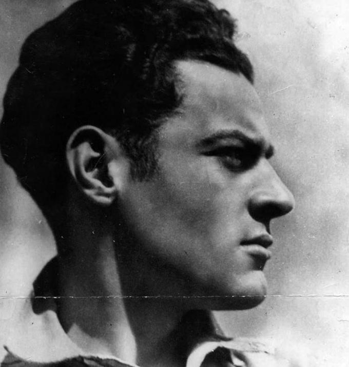 De joven a joven, homenaje a Julio Antonio Mella
