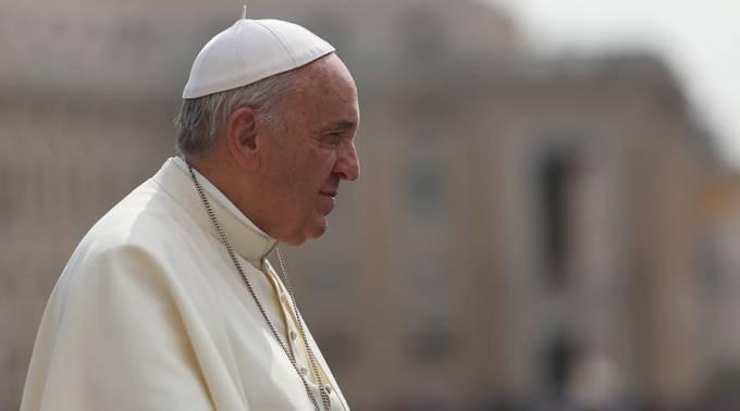 Papa Francisco reza por los difuntos en la matanza en el Complejo Penitenciario Anísio Jobim en Manaos