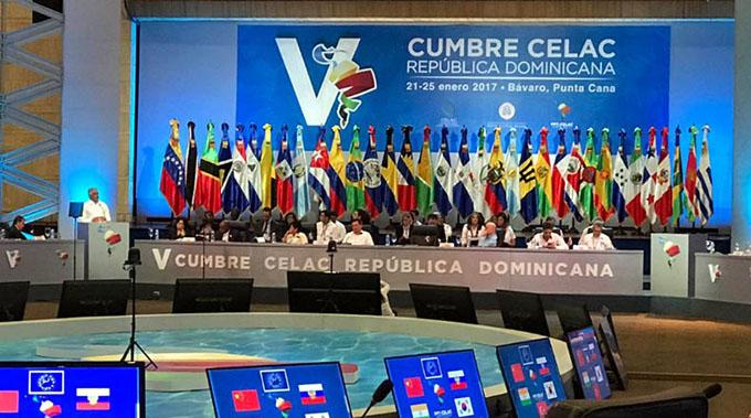 Culmina V Cumbre de Celac con adopción de declaración política