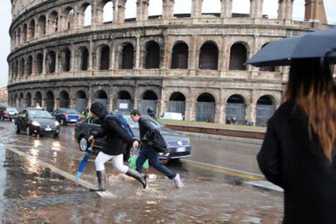Persiste situación meteorológica adversa en Italia