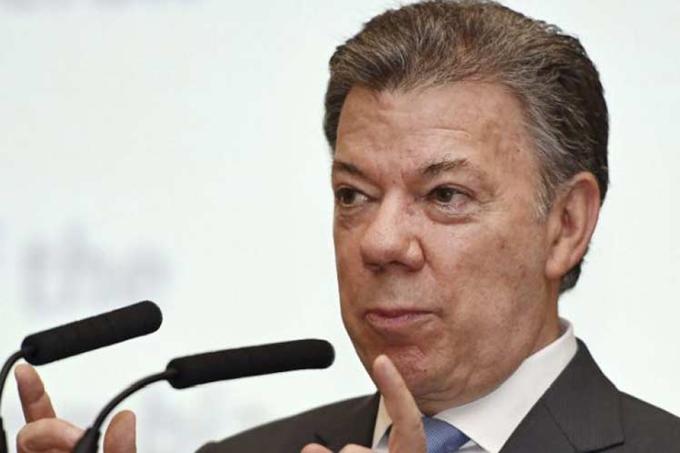 Lucha contra corrupción será prioridad en 2017, afirma Santos