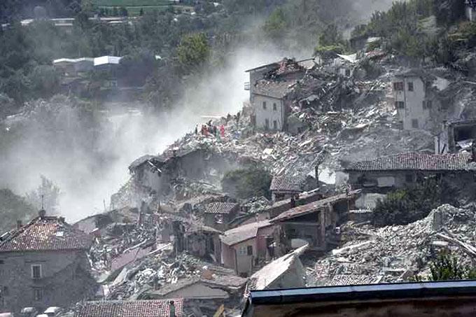 Cuantiosos daños en Italia por sismos y adversidades meteorológicas