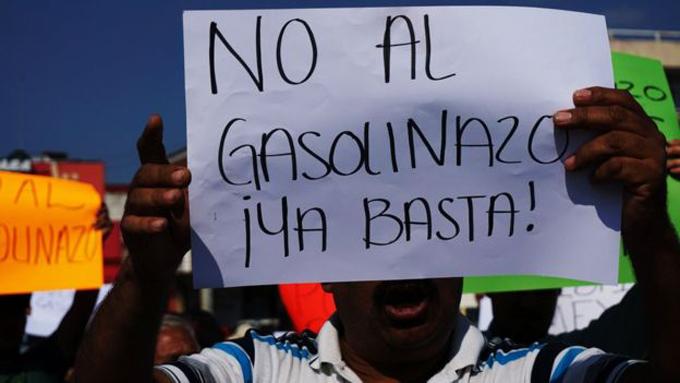 Persisten manifestaciones contra el alza a las gasolinas en México