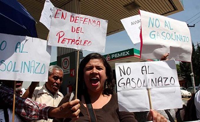 Anuncian más protestas para esta semana en México contra gasolinazo
