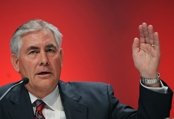 Tillerson propone a Trump mantener bloqueo de EE.UU. contra Cuba