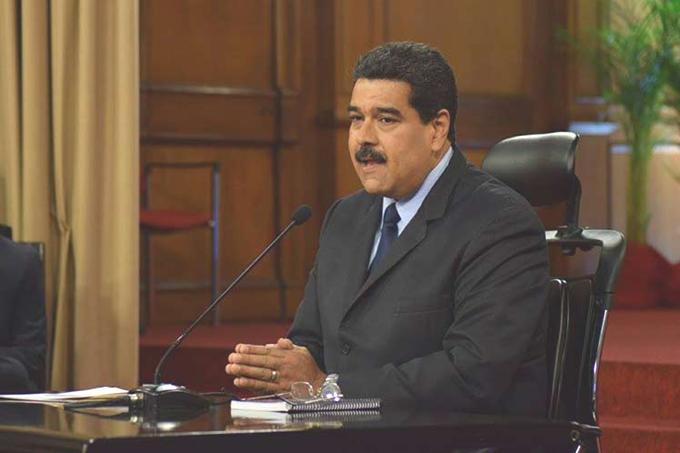 Maduro acusa a la oposición de promover intervención en Venezuela