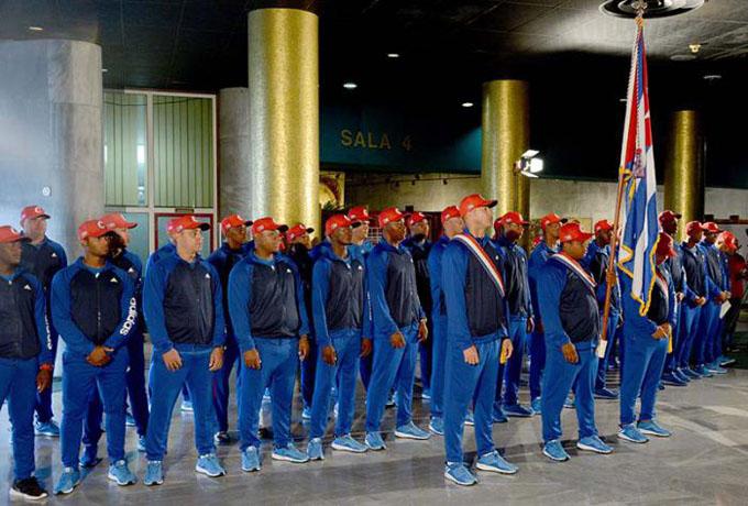 Abanderado equipo cubano al Clásico Mundial de Béisbol