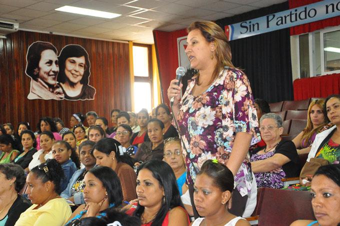 Resumen labor de las Casas de Orientación a la Mujer en 2016
