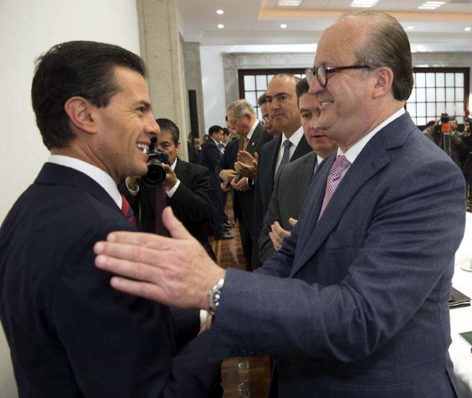 Afirman que gobierno mexicano valora mitigar gasolinazo