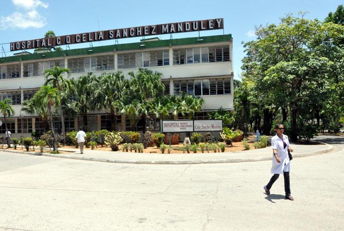 Consolidan resultados cirugías de mínimo acceso en Manzanillo