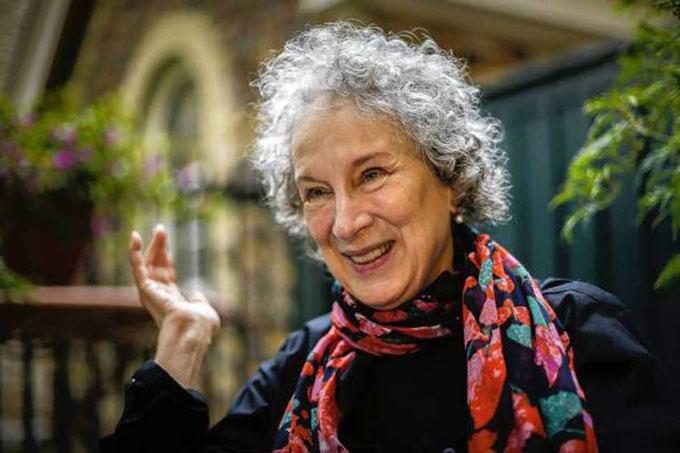Obra de Margaret Atwood atrae atención en Feria del Libro de Cuba