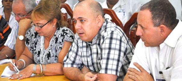 Ministro de Salud en bayamo