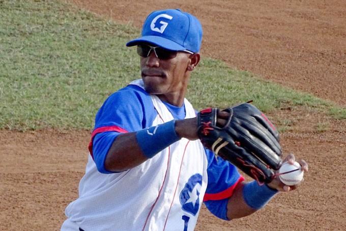Roel Santos Alazanes Cuba