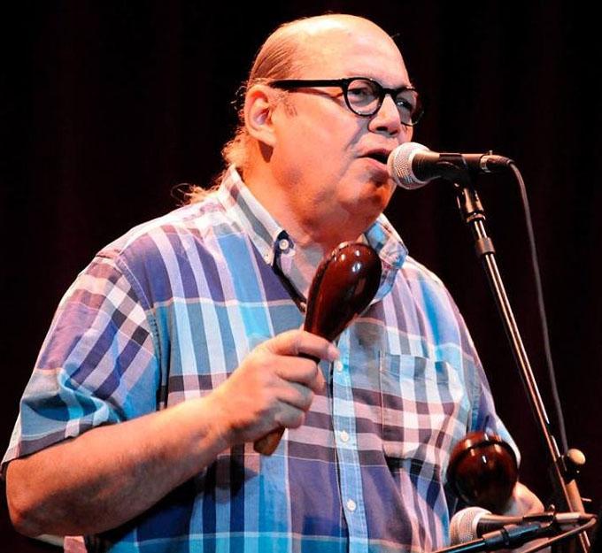 Víctor Víctor y otros artistas dominicanos ofrecen recital en Cuba