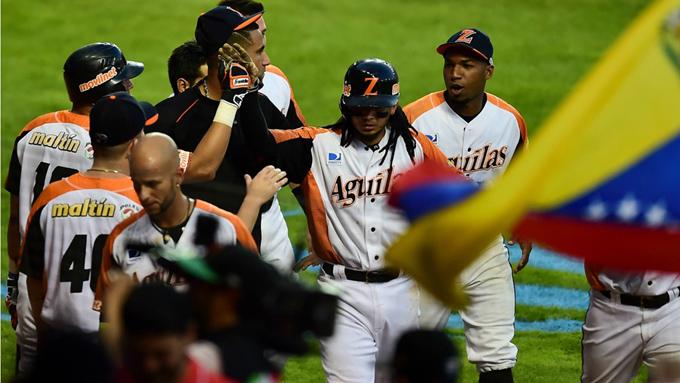 Alazanes cayeron por primera vez en Serie del Caribe