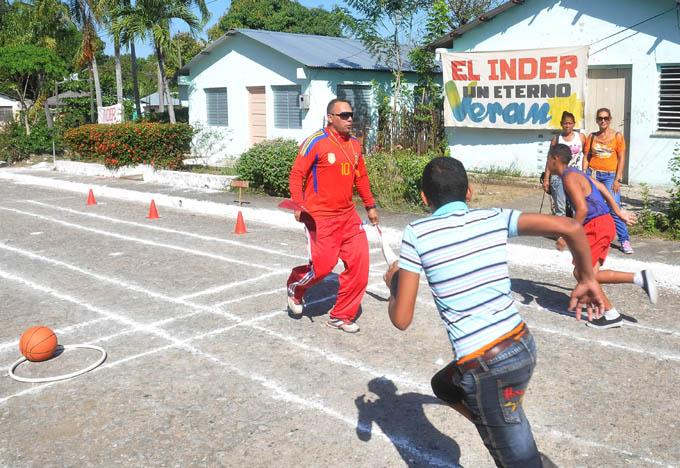 La actividad física también llega a intrincados asentamientos poblacionales