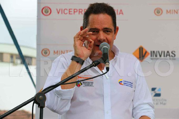 Vicepresidente colombiano anuncia con rendición de cuenta su renuncia