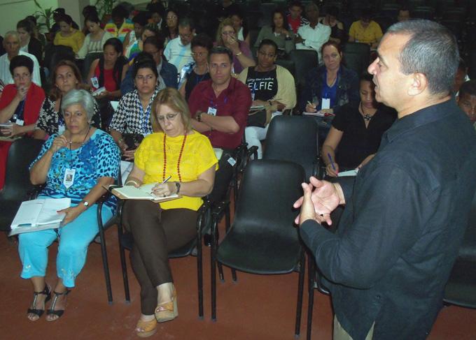 Debaten en Bayamo sobre temas afines a las escuelas pedagógicas cubanas