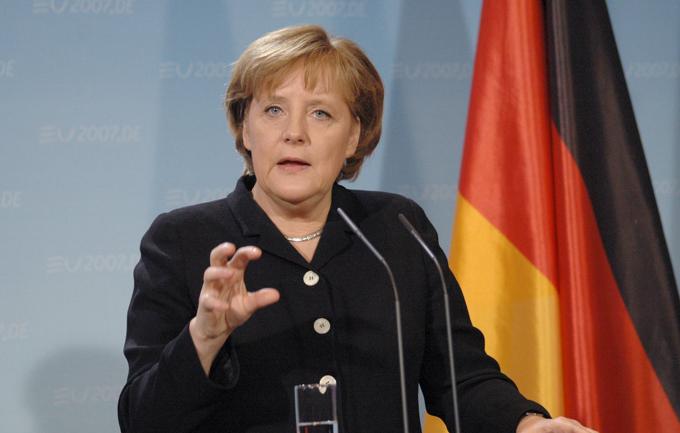 Angela Merkel defiende una UE con desarrollo desigual