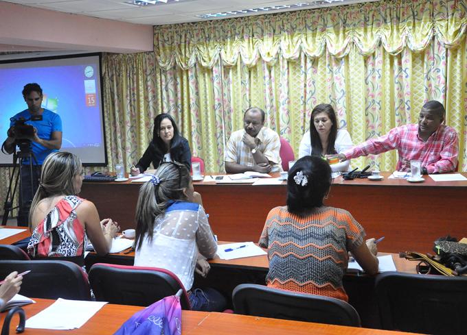 Debatirán en Bayamo sobre programas de escuelas pedagógicas