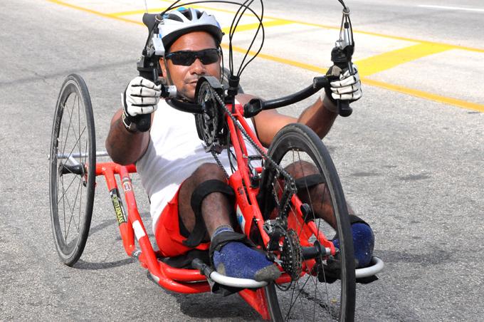 Omar, además de participar asiduamente, fue el primero en arribar a la meta