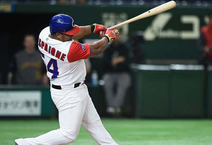 Swing de grand slam pone a Cuba en la segunda ronda del Clásico (+ video)