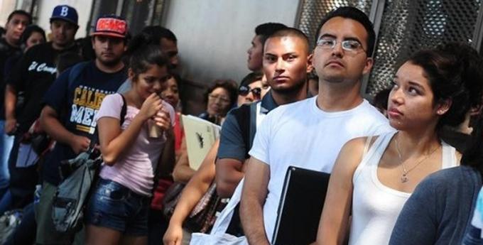 China saca los colores a EE.UU. con un informe sobre sus violaciones de derechos humanos