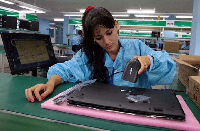 Ensamblan en Cuba primeras laptops