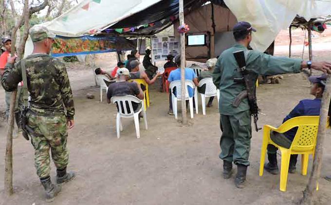 Guerrilla colombiana comienza proceso de desarme tras firma de paz