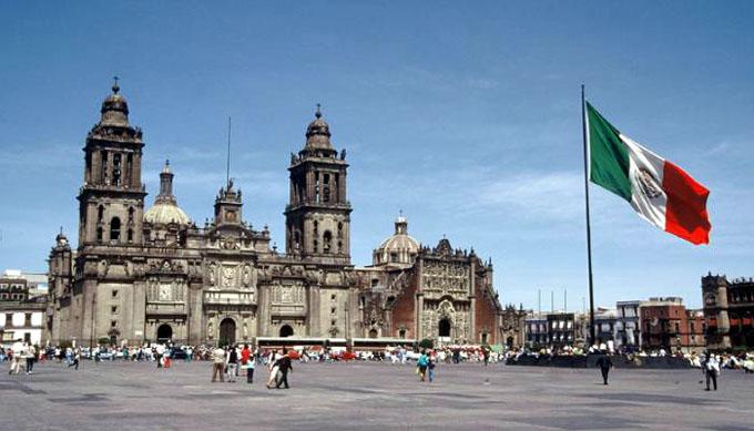 Capital mexicana se hunde por sobreexplotación de manto acuífero