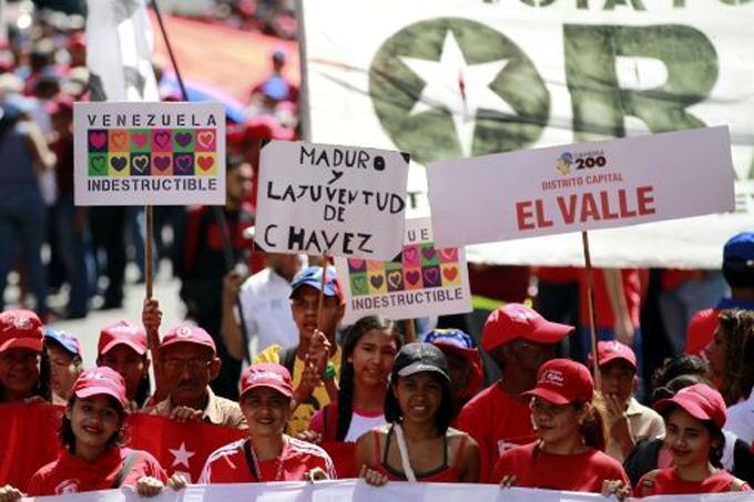 Venezolanos marchan este martes contra arremetidasimperiales desde la OEA