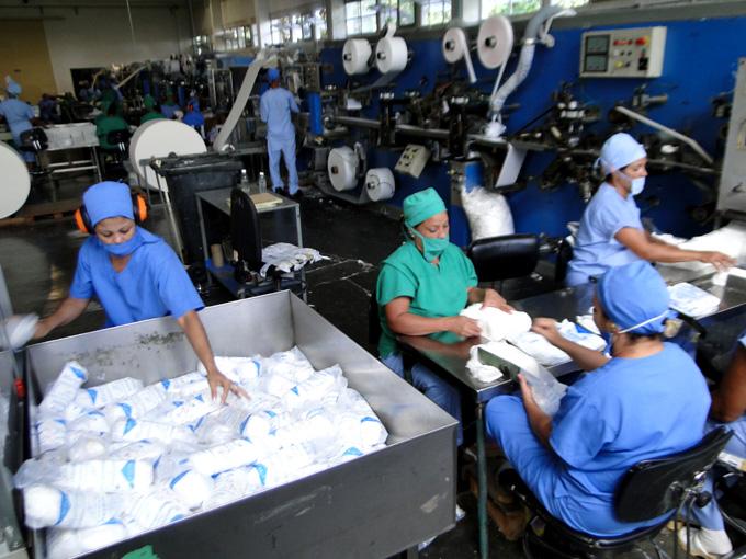 Celebran en Mathisa día del trabajador de la industria ligera