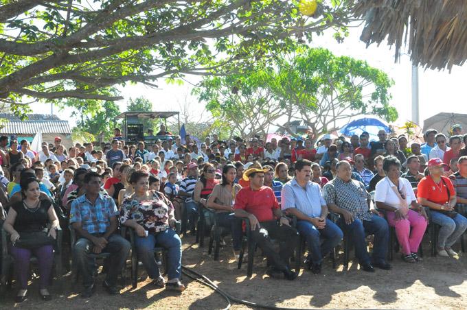 Fidel eternamente en El Puntico, Campechuela (+ fotos)