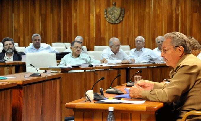 raul-consejo-ministros