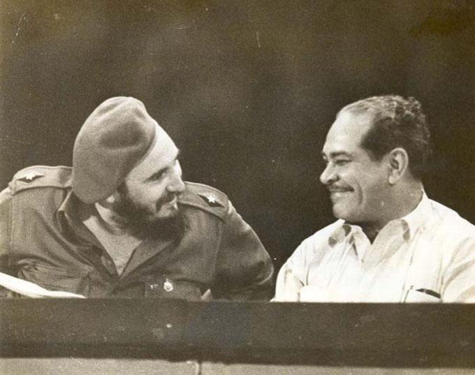 Homenaje al destacado dirigente comunista Blas Roca
