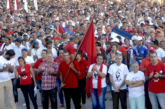 Participarán cederistas de Granma en desfiles por el Día Internacional de los Trabajadores