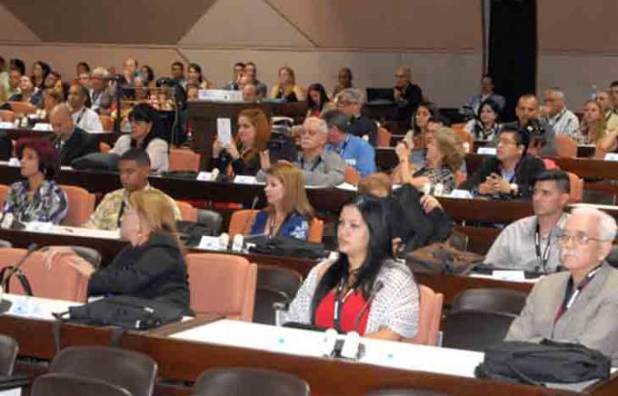 Finaliza congreso internacional sobre cuidados intensivos Urgrav 2017
