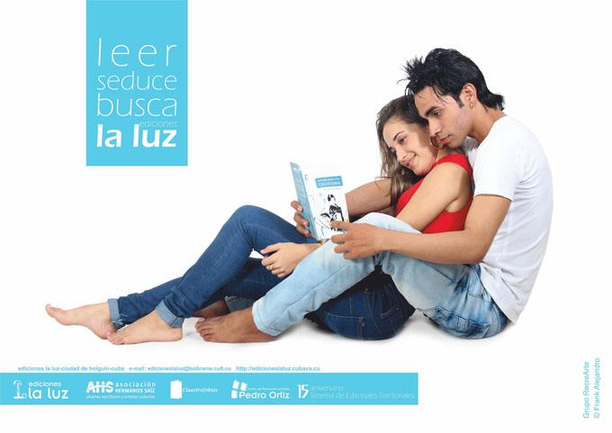 Refulge La Luz en Feria del libro en Bayamo