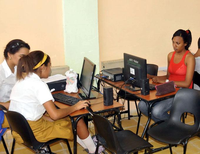 Realizarán en Bayamo taller práctico Las niñas y las TIC