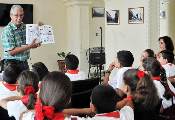 Omar Felipe Mauri invitado especial a la Feria del libro en Bayamo