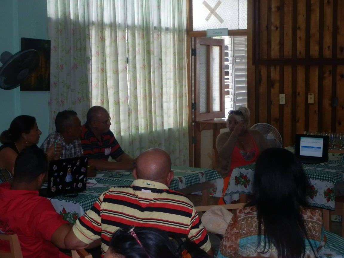 Presentarán sitio web sobre medicina física y rehabilitación en Granma