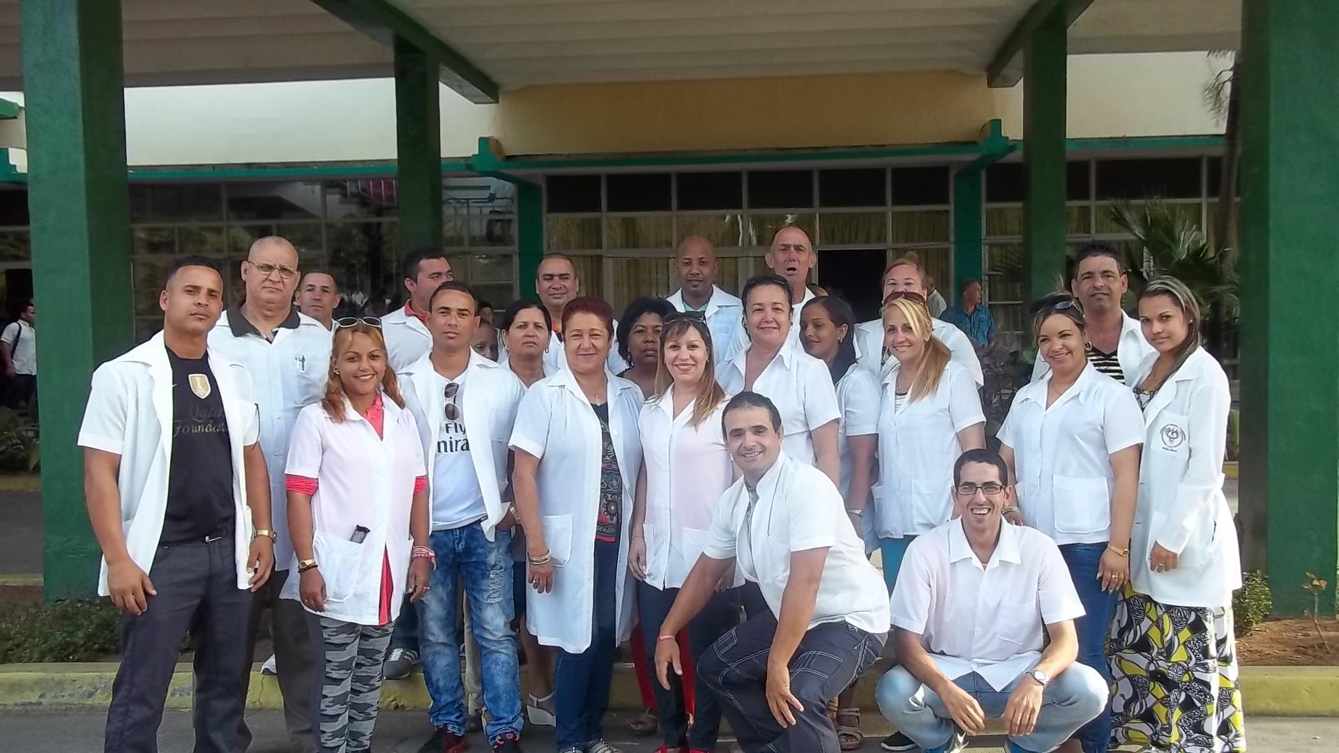 Socializan experiencias de medicina física y rehabilitación