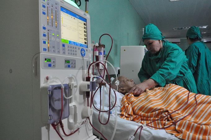 Presta servicios moderna sala de hemodiálisis en Santa Rita, Granma (+ fotos y audios)