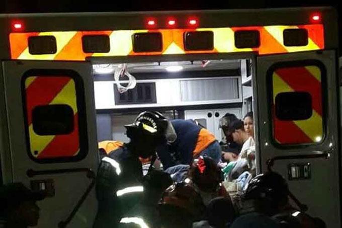 Venezuela: evacuan 54 niños de hospital atacado por grupos violentos (+ video)