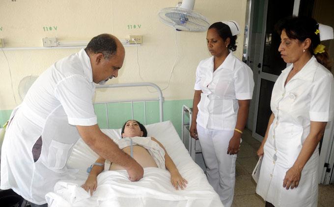 Acoge hospital manzanillero celebración del Día de la familia
